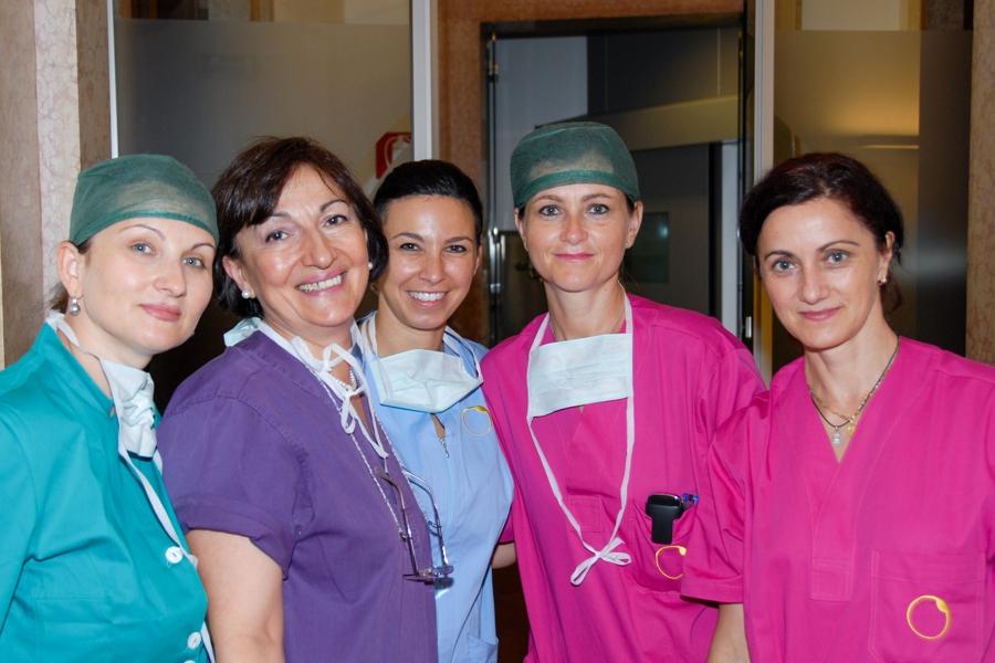 Alcuni del personale della Clinica Pallaoro