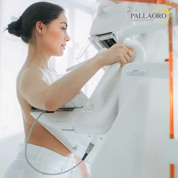 mastoplastica additiva rischi mammografia